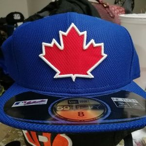 New era, Canada fitted